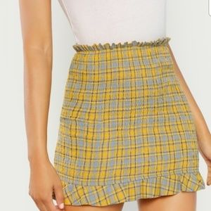 Dresses & Skirts - 🎀 Darling plaid skirt with ruffle 🎀